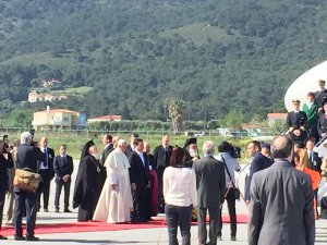 Lesvos holds the historical meeting , United Pray to God